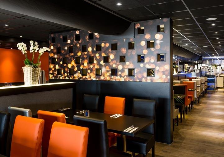 Wereld restaurant Breed zitplaatsen rechts